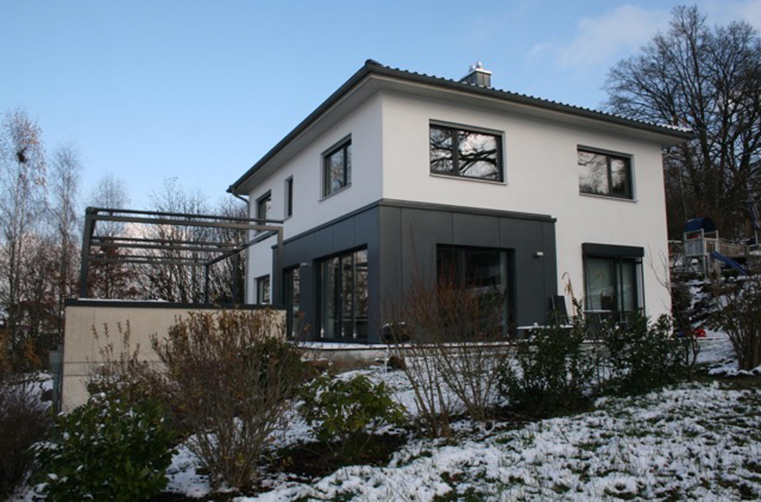 Klassisch elegantes einfamilienhaus landau i kozeny for Einfamilienhaus klassisch