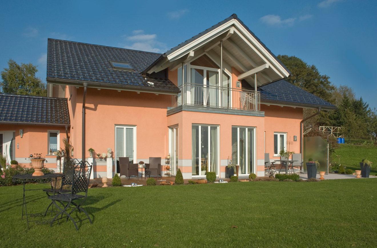 Klassisches einfamilienhaus waldkirchen i kozeny for Klassisches einfamilienhaus